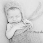 Alix, 12 jours – Séance photo nouveau-né Yverdon-les-Bains