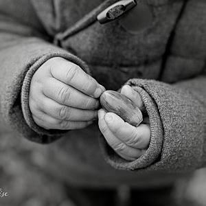 Mains d'enfants