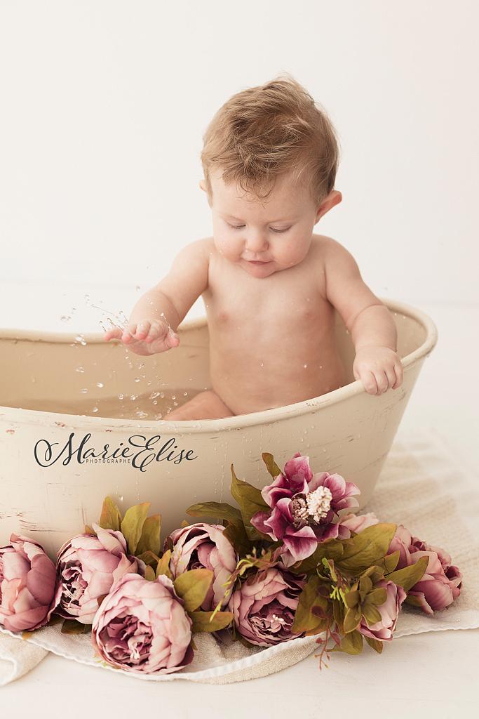 Bébé dans le Bain